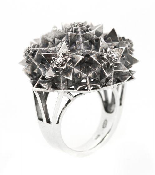 Silver Thoscene Ring